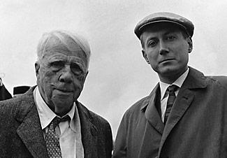 Robert Frost with Russian poet Yevgeny Yevtushenko.
